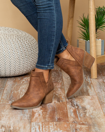 Not Rated Dawson Booties - Camel