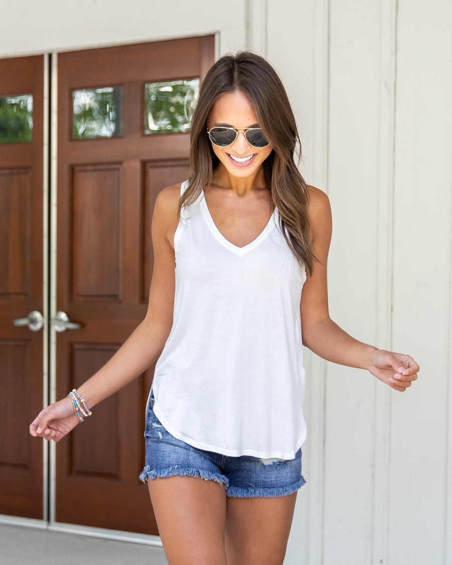 Oceanside V-Neck Tank - Off White