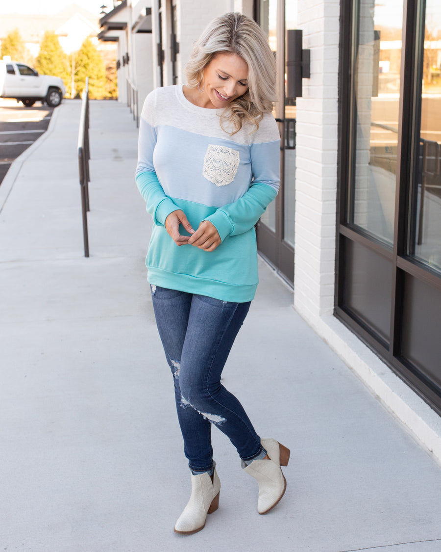 One To Remember Top - Turquoise