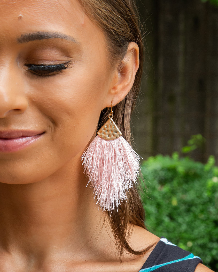Penelope Feather Earrings - Light Pink