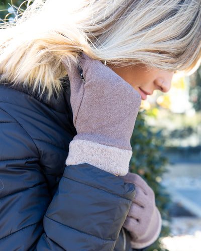 Sipping Cocoa Sherpa Gloves - Khaki