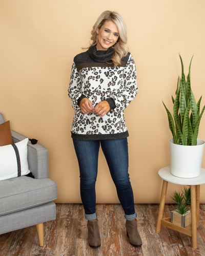 Snow Leopard Top - Off White