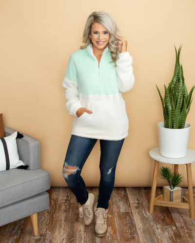 Snowed In Pullover - Mint