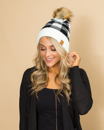 Snowy Days Beanie - Black Plaid