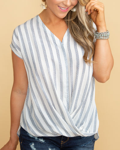 Spellbound Knot Top - Navy/Off White