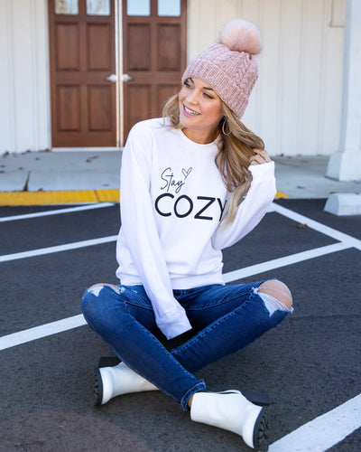 Stay Cozy Graphic Pullover - White