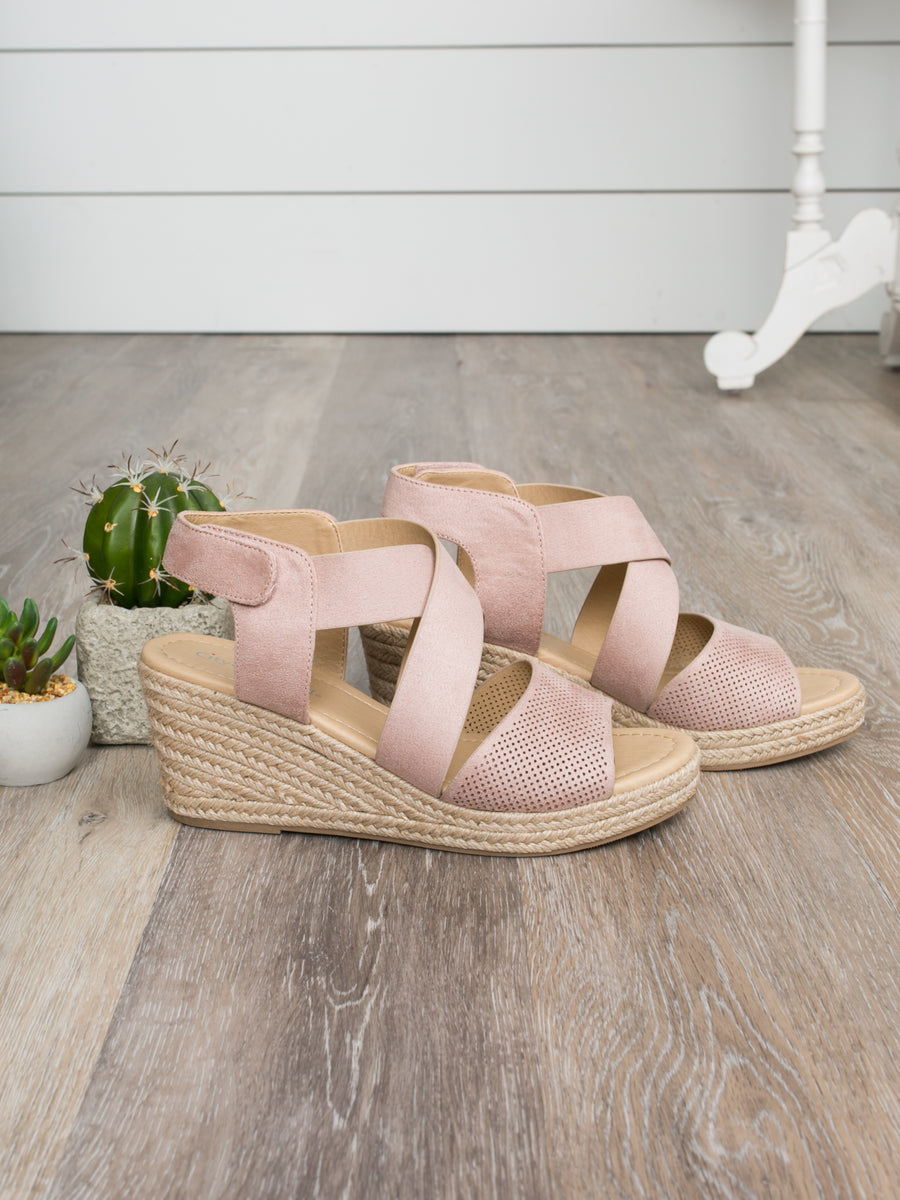 The Charlotte Wedge - Blush
