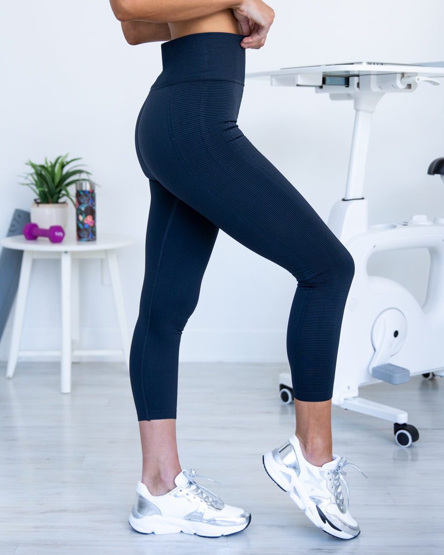 Upbeat Energy Leggings - Dark Navy