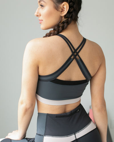 Who's The Competition Color-Block Sports Bra - Grey/Taupe