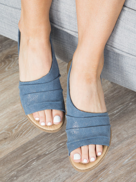 Kyla Slip Sandals - Denim