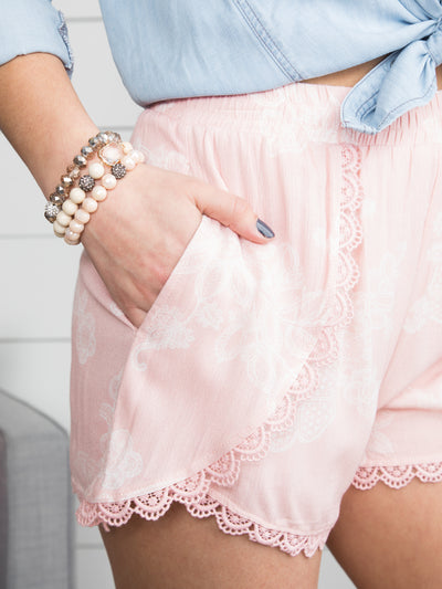 Taken To Paradise Lace Shorts - Blush
