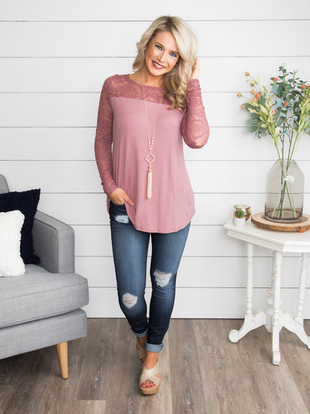 I'll Be Moving On Lace Top - Mauve