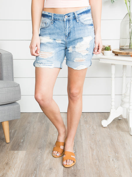 Camden Distressed Boyfriend Short - Medium Wash
