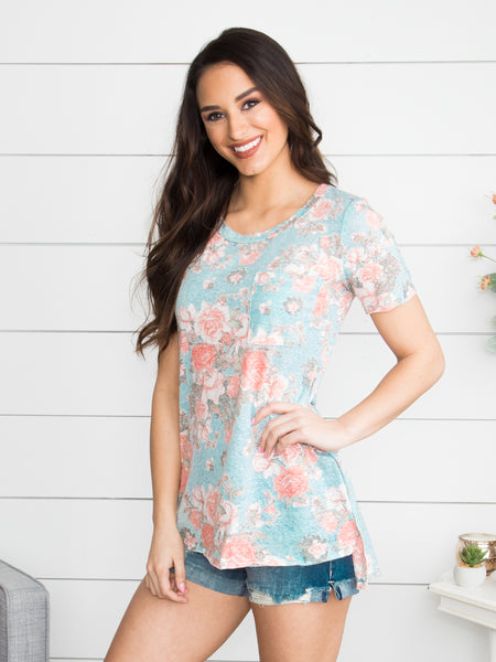 Dream On Floral Pocket Top - Dusty Blue