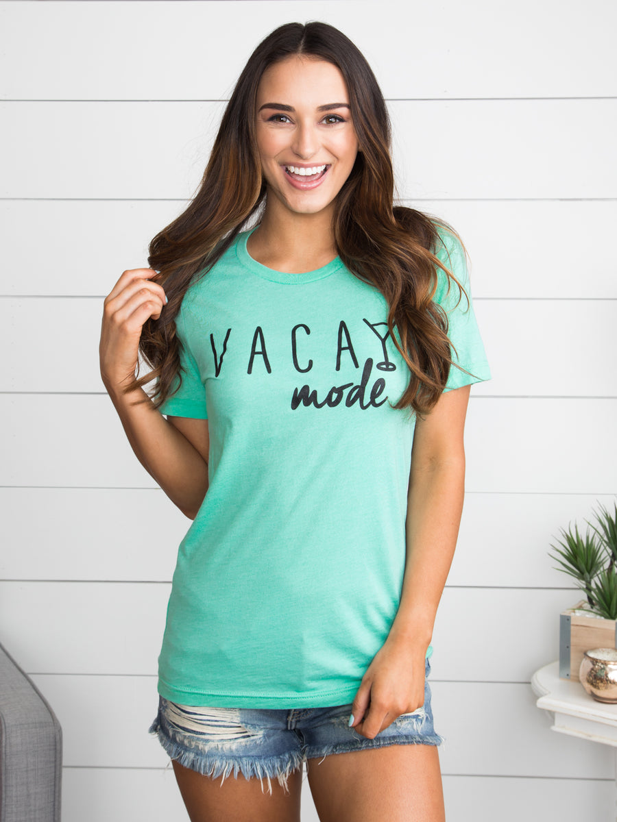 Vacay Mode Graphic Tee - Mint