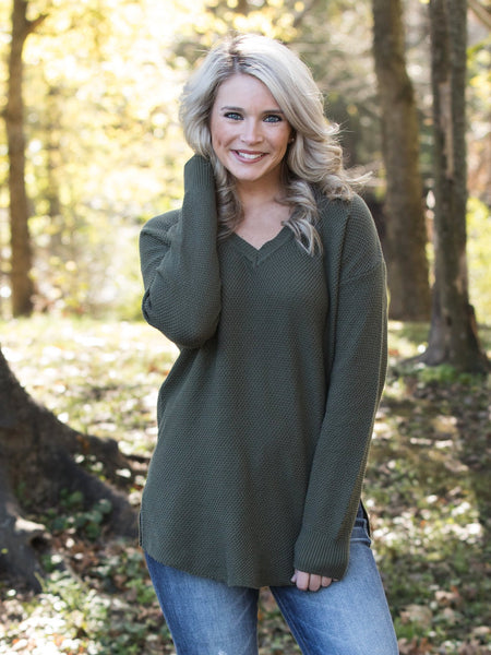 Dreaming In The Mountains Sweater - Olive