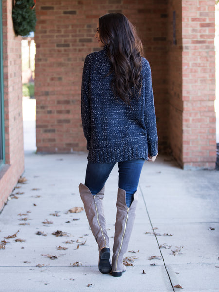 Falling For You Sweater - Navy