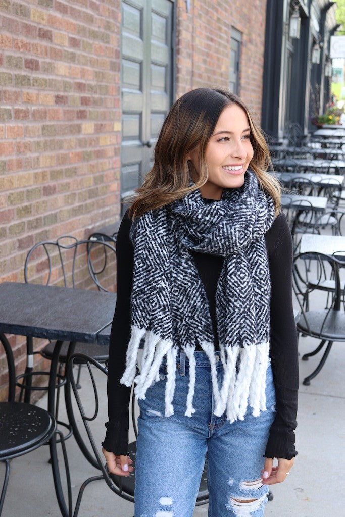 Black and White Scarf with Fringes- Love Peridot