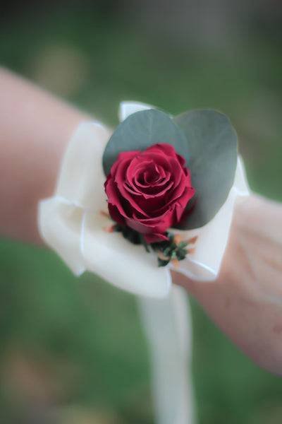 Sylvia Pat Corsage - Pick a Bloom LLC