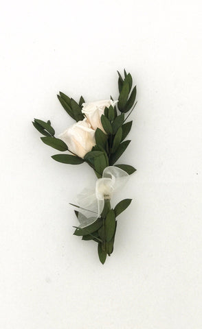 Jeanie Mae Boutonniere - Pick a Bloom LLC