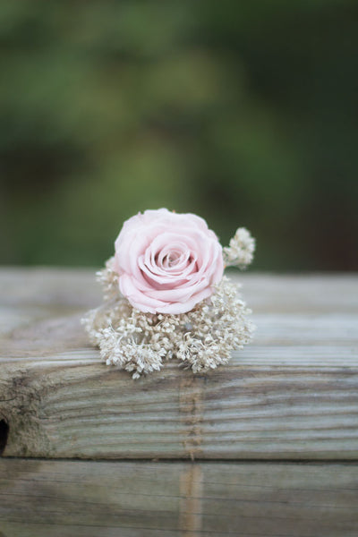 Beverly Jean Boutonniere - Pick a Bloom LLC