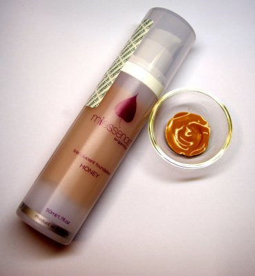 Organic Fluid Foundation from MiEssence Honey