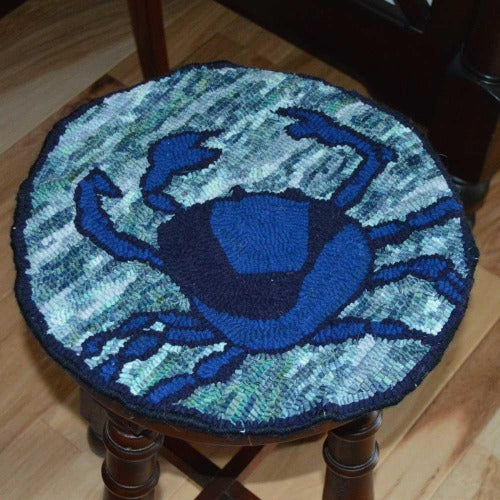 Blue Crab Round - Seaside Rug Hooking Company Pattern