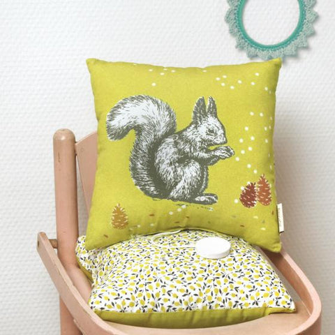 Musical Squirrel Pillow  'Hey Jude'