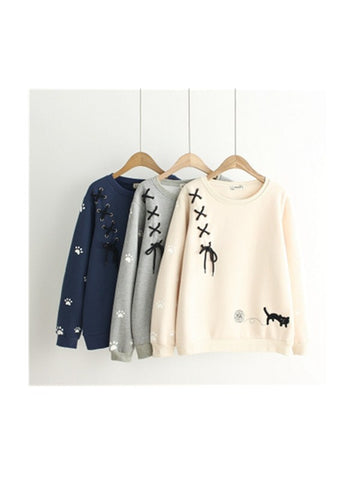 Weekend Girl Japanese Cat Embroidery Sweatshirt