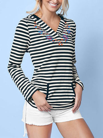 Black And White Striped Printed Sweatshirt - FIREVOGUE