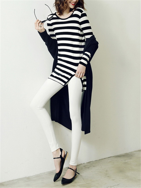 Black and White Striped Long-sleeved T-shirt - WealFeel