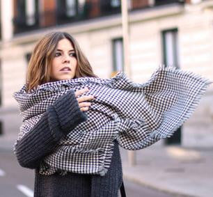 Houndstooth Scarf - FIREVOGUE