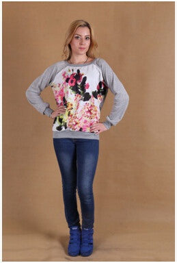 Female  Long-sleeved printed Sweater