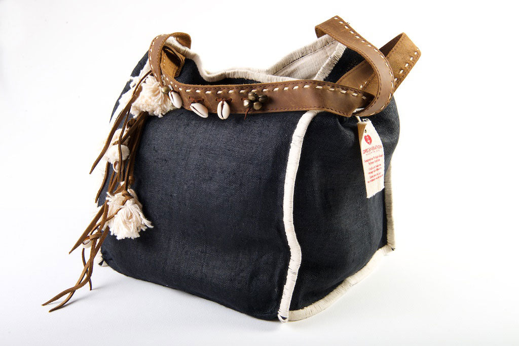 Wild Child - Medium Tote in Charcoal Black