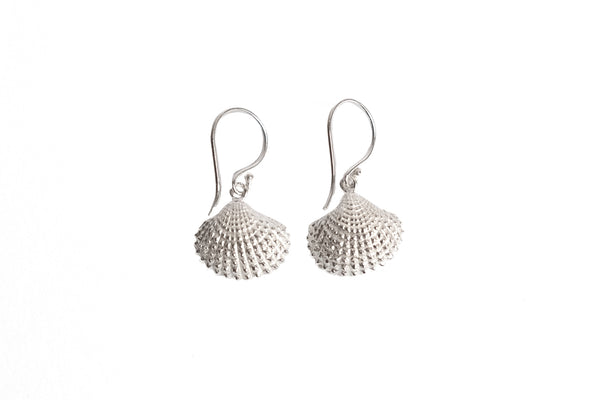 Venus Clam Earrings