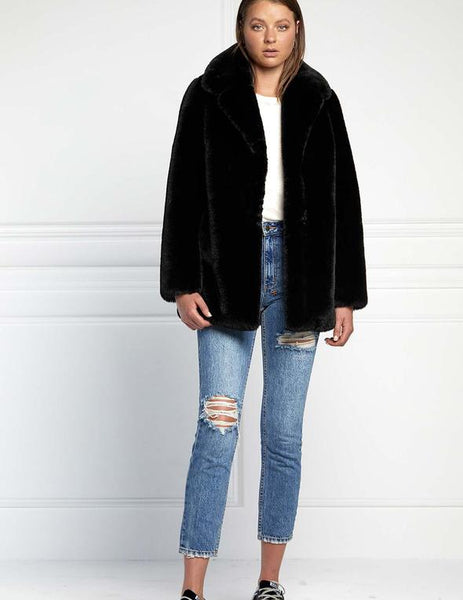 Minimalist Faux  Fur Jacket - Black