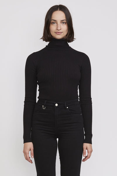 Jaclyn Cashmere Turtleneck . Black - Maplestore