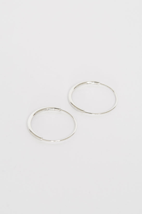 Delicate 18 Hoops Silver
