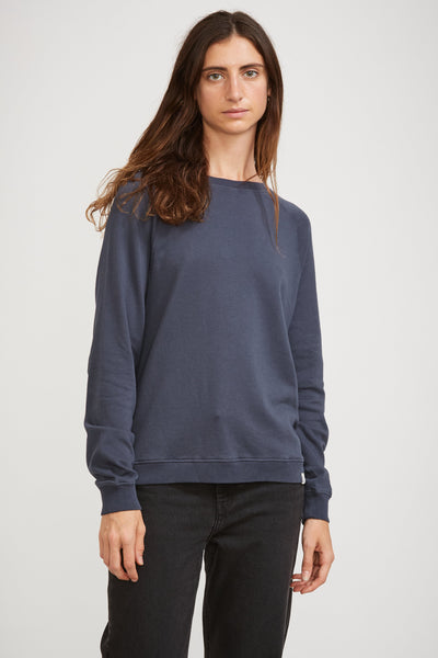 GOOD BASICS | Women's Crew Neck Sweatshirt Denim Blue - Maplestore