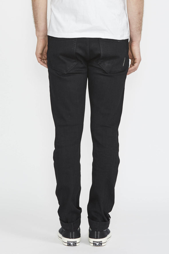NEUW Lou Slim . Black Selvedge