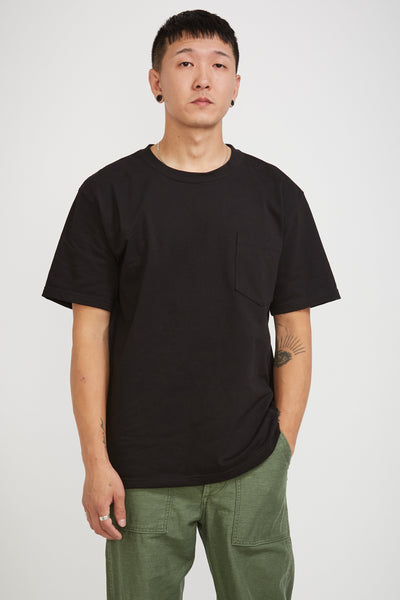 Pocket Tee Black - Maplestore