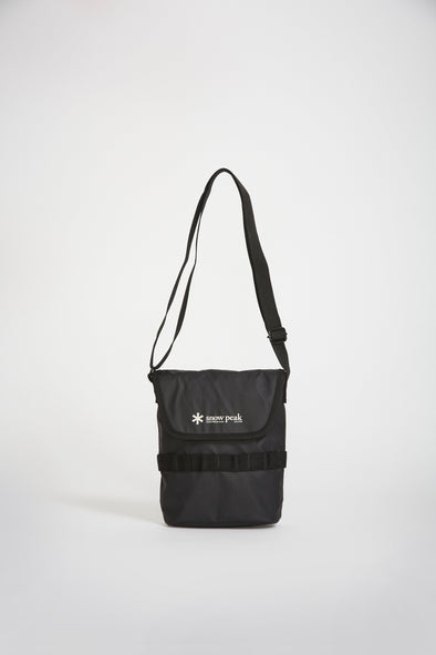 SNOW PEAK Mini Shoulder Bag . Black - Maplestore