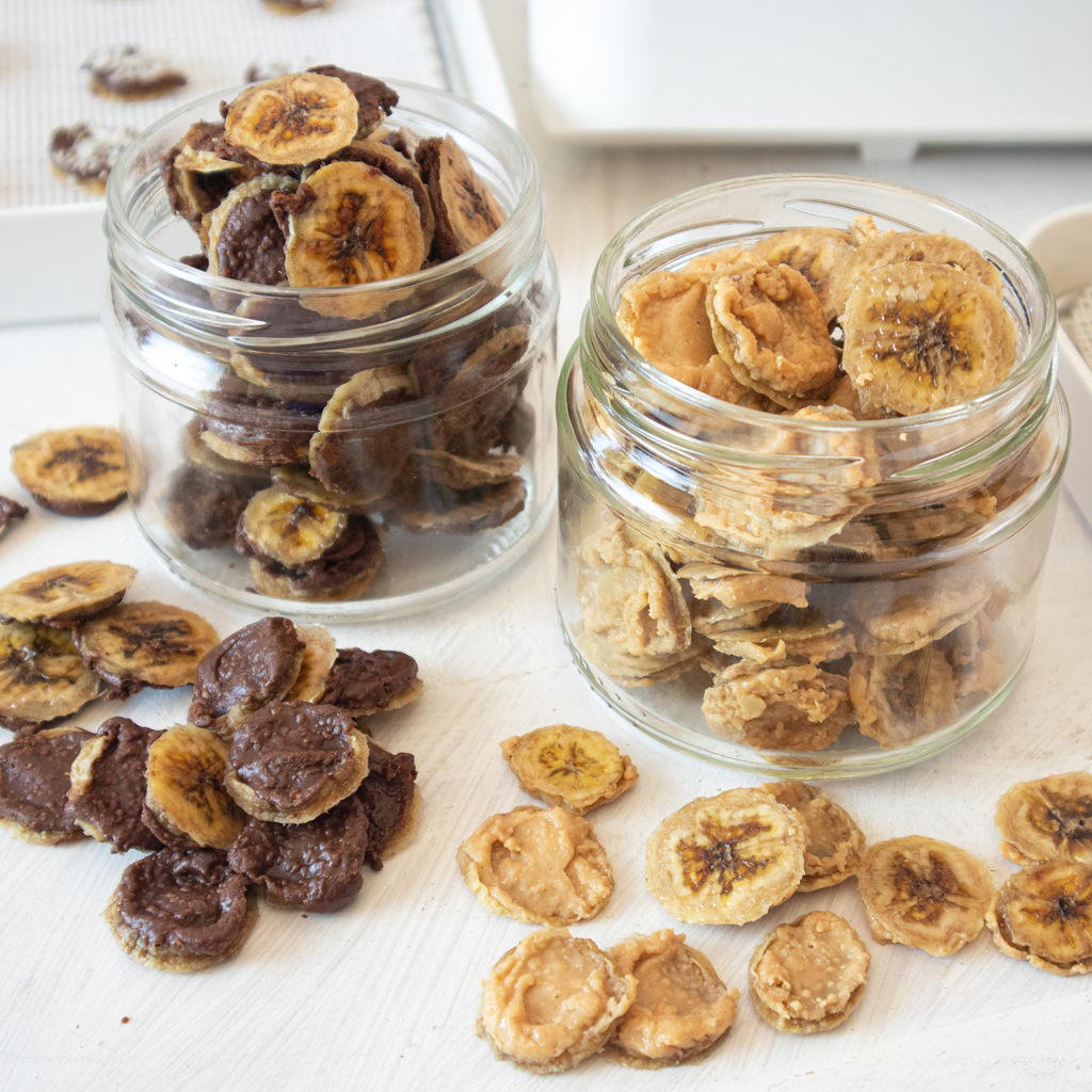 Dehydrated nut butter banana chips