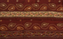 "Load image into Gallery viewer, Antique Vintage Saree Border Hand Embroidered Craft Trims Lace 2.5""W +1 Yard"
