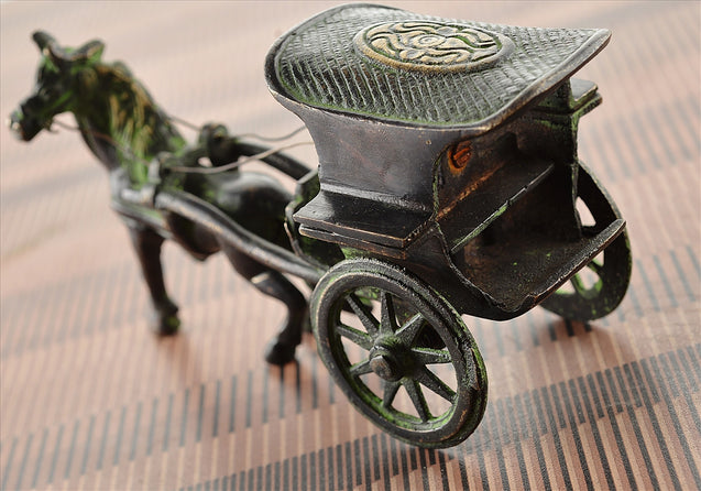 Antique Vintage Look Horse Carriage Solid Brass Home Decor Showpiece Miniature