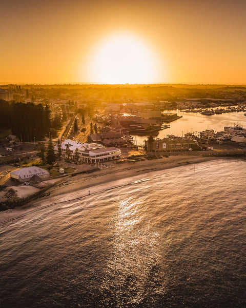 SUNRISE AT BATHERS BEACH FREMANTLE