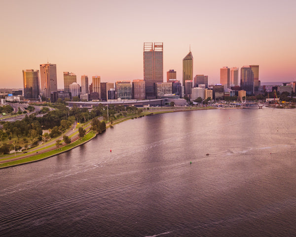 PERTH CITY AND ITS COLOURS