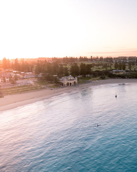Blissful morning in Cottesloe Beach