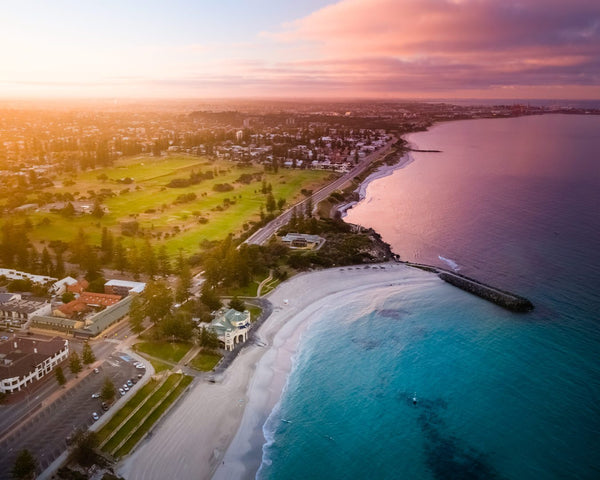 Beautiful morning at Cottesloe Beach