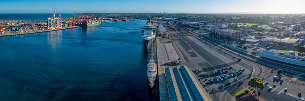 Fremantle Ports - Queen Mary 2